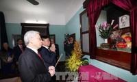 Líder partidista rinde homenaje al presidente Ho Chi Minh