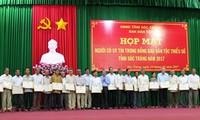 Honran a personas prestigiosas y dignatarios religiosos de localidades vietnamitas