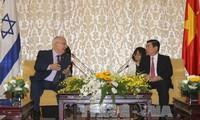 Prosigue visita del presidente israelí en Ciudad Ho Chi Minh
