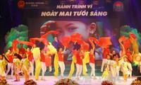 Voz de Vietnam responde a movimiento de superación de secuelas de bombas y minas