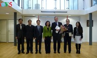 Diplomática vietnamita aspira estrechar cooperación con Rotterdam