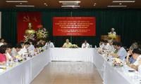 Colloque sur les 70 ans de l'œuvre « une nouvelle vie » du président Ho Chi Minh