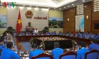 Honran a los jóvenes funcionarios sobresalientes de 2017