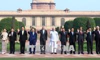 Primer ministro Nguyen Xuan Phuc se reúne con líderes extranjeros en la Cumbre Asean-India