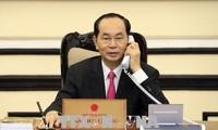 Presidente vietnamita conversa con su homólogo estadounidense