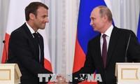 Líderes de Rusia y Francia debaten sobre temas candentes de la actualidad mundial