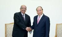 Vietnam y Argelia abogan por elevar a mil millones de dólares el comercio bilateral