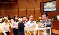 Votantes vietnamitas confían en el nuevo jefe de Estado