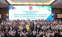 Clausuran Foro Global de Intelectuales jóvenes vietnamitas 2018
