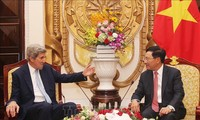 Canciller vietnamita aprecia aportes de John Kerry