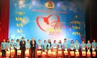 Intensifican actividades a favor de los vietnamitas más necesitados en vísperas del Tet tradicional