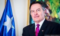 Canciller chileno llama a un crecimiento integral e inclusivo en reunión de APEC