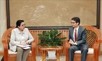 Vicepremier vietnamita recibe a subjefa de la OIEA
