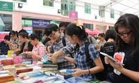 Vietnam busca fomentar la cultura de la lectura en la sociedad