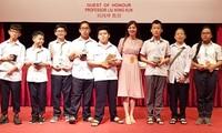 Estudiantes vietnamitas ganan cinco medallas de oro en Olimpiada Matemática de Asia-Pacífico
