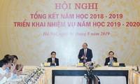 Premier vietnamita orienta desplegar tareas del nuevo año escolar