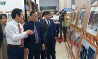 Celebran exposición sobre nacionalidades de la Asean en Nha Trang