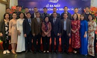 Vietnam presenta calendario de Truong Sa para tabletas y teléfonos inteligentes