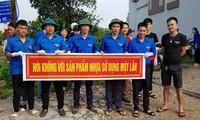 Jóvenes de Bac Ninh promueve campaña de decir No a los residuos plásticos