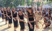Xoang, el baile tradicional distintivo de la etnia Ba Na