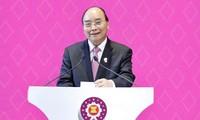 Primer ministro vietnamita transmite felicitaciones de Año Nuevo a los líderes de la Asean