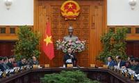 Premier vietnamita pide ejercer alta vigilancia en el control del coronavirus
