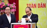 Empresas y bancos vietnamitas recaudan fondos millonarios en respuesta al coronavirus