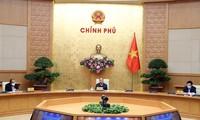 Preparan teleconferencia nacional sobre medidas de apoyo a empresas y  ciudadanos vietnamitas