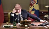 Putin dialoga con líderes de Estados Unidos y Arabia Saudita sobre temas de petróleo y Covid-19