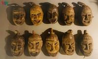 Baile de hombres disfrazados con máscaras: un ritual especial de la etnia Dao