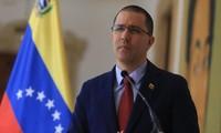 Venezuela critica a Estados Unidos por ignorar su oferta de repatriación