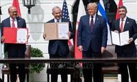 Israel firma un acuerdo de normalización de relaciones con EAU y Bahréin