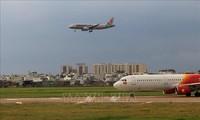 Vietnam reanuda vuelos comerciales internacionales