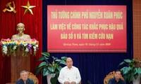 Premier vietnamita se reúne con autoridades de las provincias afectadas por el huracán Molave
