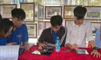 Exposición de preciados materiales que exponen la soberanía de Vietnam sobre Hoang Sa y Truong Sa