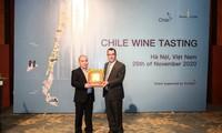 Embajada chilena reconoce aportes de sumiller vietnamita a la difusión de vinos