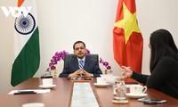 Aplauden la dirección del Partido Comunista de Vietnam en la consecución de avances económicos