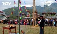"""La fiesta  """"Gau Tao"""", punto de encuentro de los Mong en primavera"""