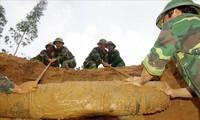 Vietnam empeñado en la limpieza de los restos bélicos explosivos
