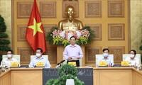 Primer ministro vietnamita se reúne con autoridades de los órganos de prensa del país
