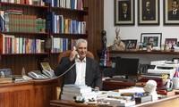 Presidentes de Rusia y de Cuba sostienen diálogo telefónico