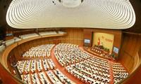 Presentan en el Parlamento vietnamita plan de inversiones públicas 2021-2025