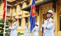 Aniversario 54 de la Asean: Vietnam se une a los esfuerzos del bloque para superar juntos los desafíos y fomentar la cooperación