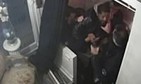 Violences policières : 2 policiers en garde à vue pour avoir tabassé un producteur noir