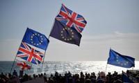 Brexit: l'accord retardé par des tractations acharnées