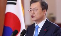Moon Jae-in promet la vaccination gratuite contre la Covid-19 pour tous les Sud-Coréens