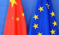 """Hong Kong: la Chine dénonce une """"ingérence"""" du Parlement européen"""
