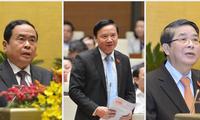 Trân Thanh Mân, Nguyên Khac Dinh et Nguyên Duc Hai élus vice-présidents de l'Assemblée nationale