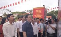 Élections législatives de 2021: Vuong Dinh Huê vérifie les préparatifs à Haiphong