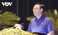 Vuong Dinh Huê rencontre des électeurs de Hai Phong